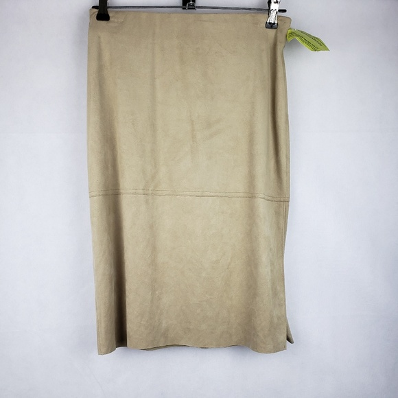 Max Studio Dresses & Skirts - Max Studio Tan Skirt Size M